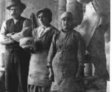 1921 circa, alcuni operai della ceramica