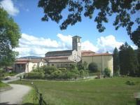 Brezzo di Bedero, Canonica