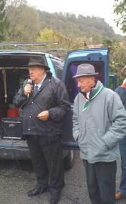 Angelo Chiesa a destra in una manifestazione con Remo Passera