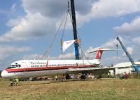 Volandia, aereo MD82